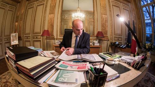Jean-Michel Blanquer disserte sur les sujets du bac de philo