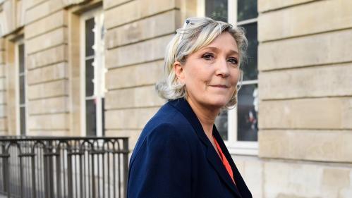 """Migrants : Marine Le Pen """"en désaccord"""" avec Trump sur la séparation des parents et des enfants"""