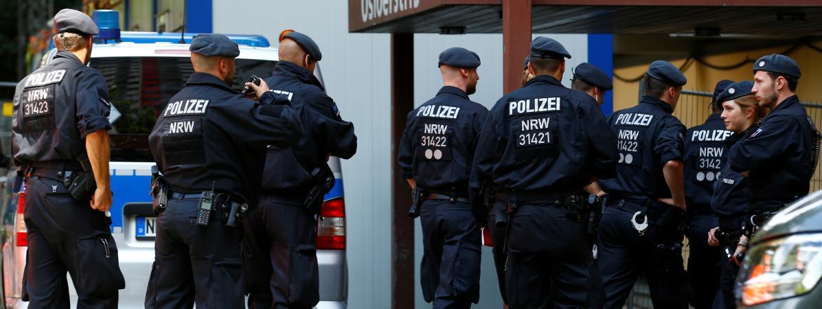 Allemagne : la police affirme avoir déjoué un attentat à la bombe à la ricine, un poison très puissant
