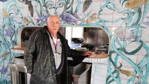 Alpes-Maritimes : une fresque signée par Jean Marais part à la décharge à Vallauris