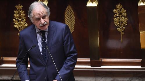 """Noël Mamère renonce à se présenter aux élections européennes et """"arrête la politique"""""""