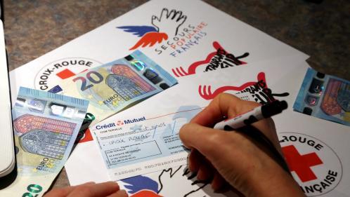 """La réforme de l'ISF fait chuter les dons """"d'au moins 50%"""", selon France Générosités   https://www.francetvinfo.fr/economie/impots/impots/la-reforme-de-l-isf-fait-chuter-les-dons-d-au-moins-50-selon-france-generosites_2820553.html…pic.twitter."""