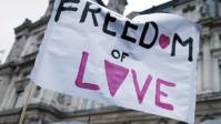 """""""Les homosexuels ne sont toujours pas libres de vivre et d'aimer tels qu'ils sont dans notre pays"""""""