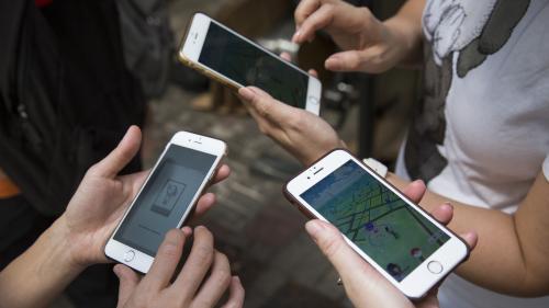 Dans les écoles chinoises, la traque au téléphone portable