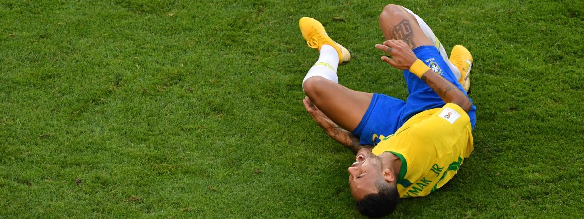 Coupe 2018Les Roulades Du Agacent Monde De Neymar Inspirentet QCsrdtxhBo