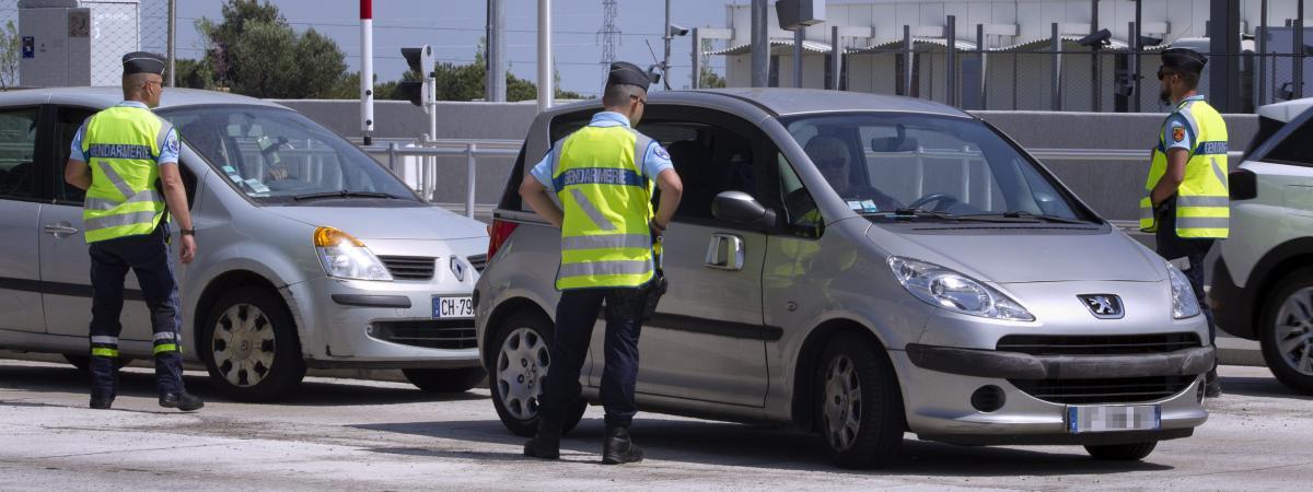 Var un homme plac en garde vue pour avoir franchi sans payer 210 fois les p ages entre - Prostitution salon de provence ...