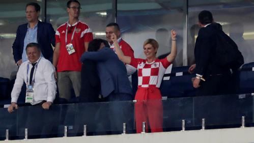 Coupe du monde 2018 : la présidente croate est la première fan de son équipe (mais ce n'est pas que par amour du foot)