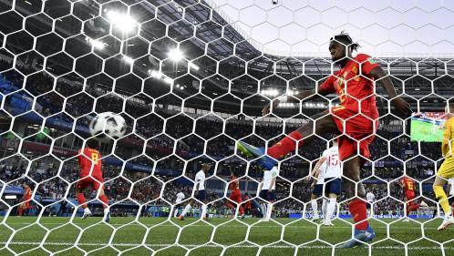Coupe du monde 2018 : touche ratée, gants en mousse, roulades... Les 10 plus gros ratés qui ont égayé la compétition