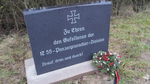 Moselle : un Allemand mis en examen après la découverte d'une stèle nazie sur son terrain Nouvel Ordre Mondial, Nouvel Ordre Mondial Actualit�, Nouvel Ordre Mondial illuminati