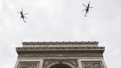 """""""On a quand même le temps de voir la Tour Eiffel"""" : les pilotes d'hélicoptères en pleine répétition avant le défilé du 14-Juillet"""