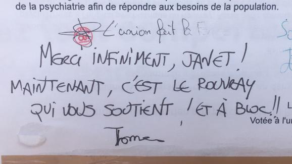 Un message de soutien écrit par un agent de l\'hôpital psychiatrique du Rouvray (Seine-Maritime).