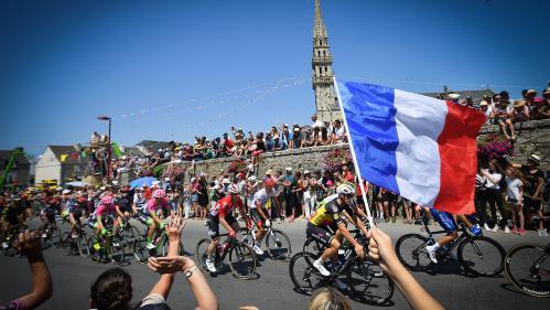 Tour de France 2018 : le Néerlandais Dylan Groenewegen remporte la 7e étape à Chartres, le Belge Greg Van Avermaet reste en jaune