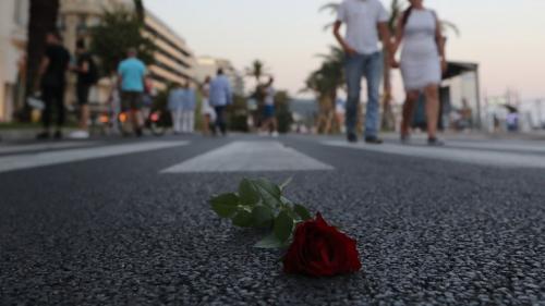 nouvel ordre mondial | Nice rend hommage aux victimes de l'attentat du 14 juillet