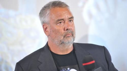 """""""Ça n'avait jamais été aussi violent, c'est allé trop loin"""" : Sand Van Roy témoigne après ses plaintes pour viol contre Luc Besson"""