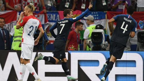 DIRECT. Coupe du monde 2018 : la France mène à la mi-temps face à la Croatie (2-1)