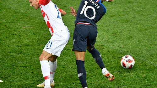 Coupe du monde 2018 : la Croatie revient au score face à la France après une grosse erreur d'Hugo Lloris (4-2). Suivez et commentez notre direct