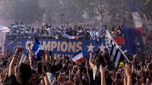 VIDEOS. De Moscou aux Champs-Elysées, les coulisses du retour des Bleus champions du monde vues de leurs comptes Instagram