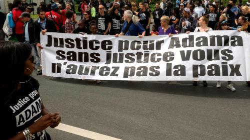 Deux ans après la mort d'Adama Traoré, les conclusions médicales des experts à nouveau reportées