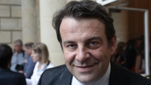 """Soupçons de fraude fiscale : la garde à vue de Thierry Solère levée """"sur avis médical"""" au bout de 37 heures"""
