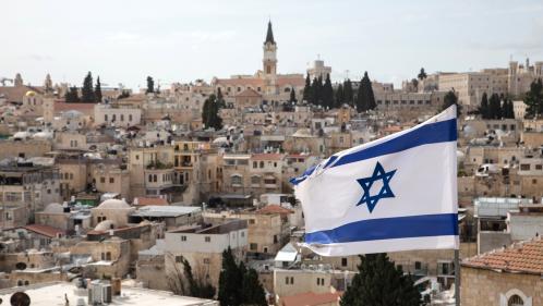 """Israël adopte une loi controversée pour se définir comme """"l'Etat-nation du peuple juif"""""""