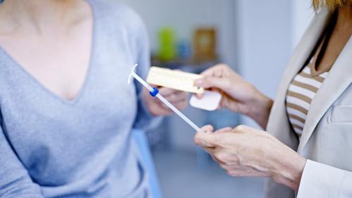 Implants contraceptifs : elles vivent un calvaire et portent plainte