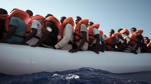 Migrants : la France à la rescousse de l'Espagne pour identifier les embarcations