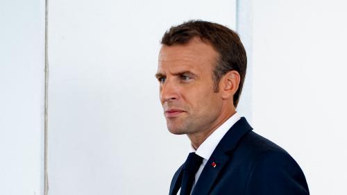 """Affaire Benalla : face aux caméras, Emmanuel Macron accuse la presse """"d'avoir dit beaucoup de bêtises"""""""