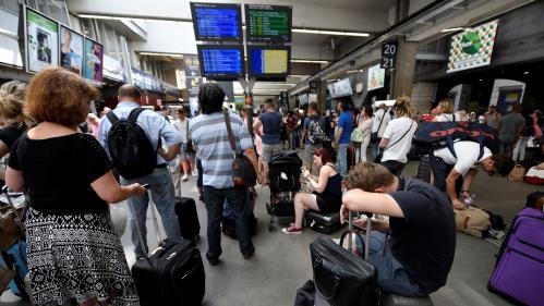 """Gare Montparnasse : """"Si le centre de maintenance n'est pas alimenté, on aura un parc de trains qui pourra se réduire jusqu'à jeudi"""""""