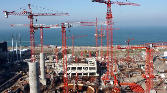 Le chantier de l\'EPR le 11 octobre 2008, après la reprise des opérations de bétonnage.