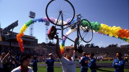"""RECIT. """"Je n'oublierai jamais le sentiment absolu de joie"""" : en 1982, San Francisco accueille les premiers Gay Games de l'histoire"""