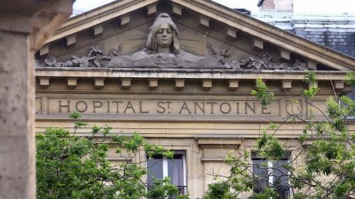 Canicule : à l'hôpital Saint-Antoine, les soignants dénoncent un établissement sous-équipé pour faire face à la chaleur