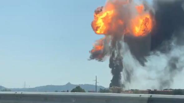Blessés 68 Spectaculaire Explosion Mort Et BologneUn Dans Une PkZXuTiO