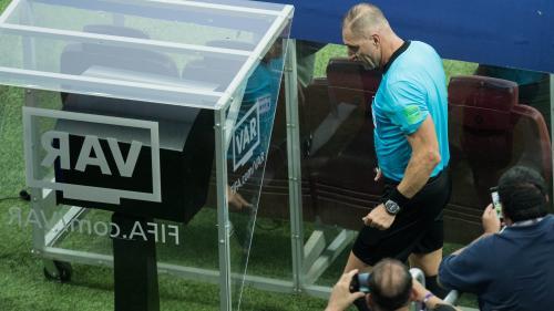 "Football : ""La vidéo ne va pas tuer les émotions"" en Ligue 1, assurent les arbitres"