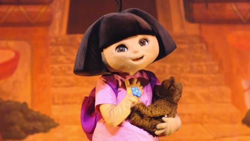 """L'actrice qui va incarner """"Dora l'exploratrice"""" au cinéma est bien plus vieille que le personnage"""