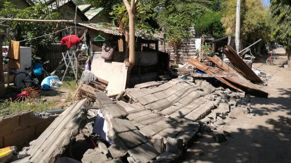 Séismes en Indonésie : une rescapée témoigne