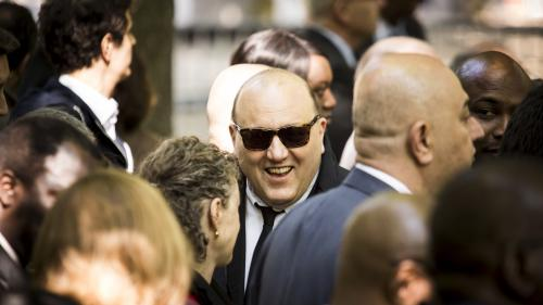 """SOS Racisme, """"Baron Noir"""", européennes : Julien Dray, l'éternel retour du marionnettiste du PS https://www.francetvinfo.fr/politique/ps/sos-racisme-baron-noir-europeennes-julien-dray-l-eternel-retour-du-marionnettiste-du-ps_2885855.html…"""