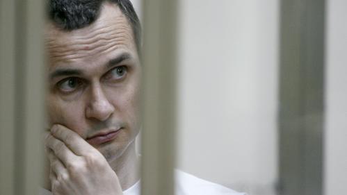 """Si Oleg Sentsov mourait, """"ce serait une tache indélébile de plus sur le bilan de Vladimir Poutine"""""""