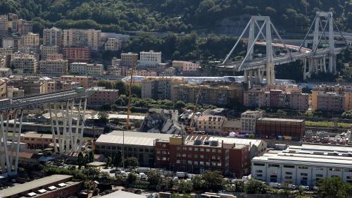 """RECIT. """"Les gens criaient : 'Reculez ! Le pont va tomber !'"""" : 11h30, mardi 14 août, le viaduc Morandi s'effondre à Gênes"""