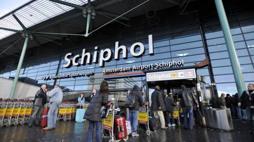Amsterdam: fortes perturbations à l'aéroport international de Schiphol à cause d'une panne technique