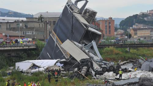 """Effondrement d'un pont à Gênes : """"On a vu le pylône partir complètement sur la droite, là on a réalisé ce qu'il se passait"""""""