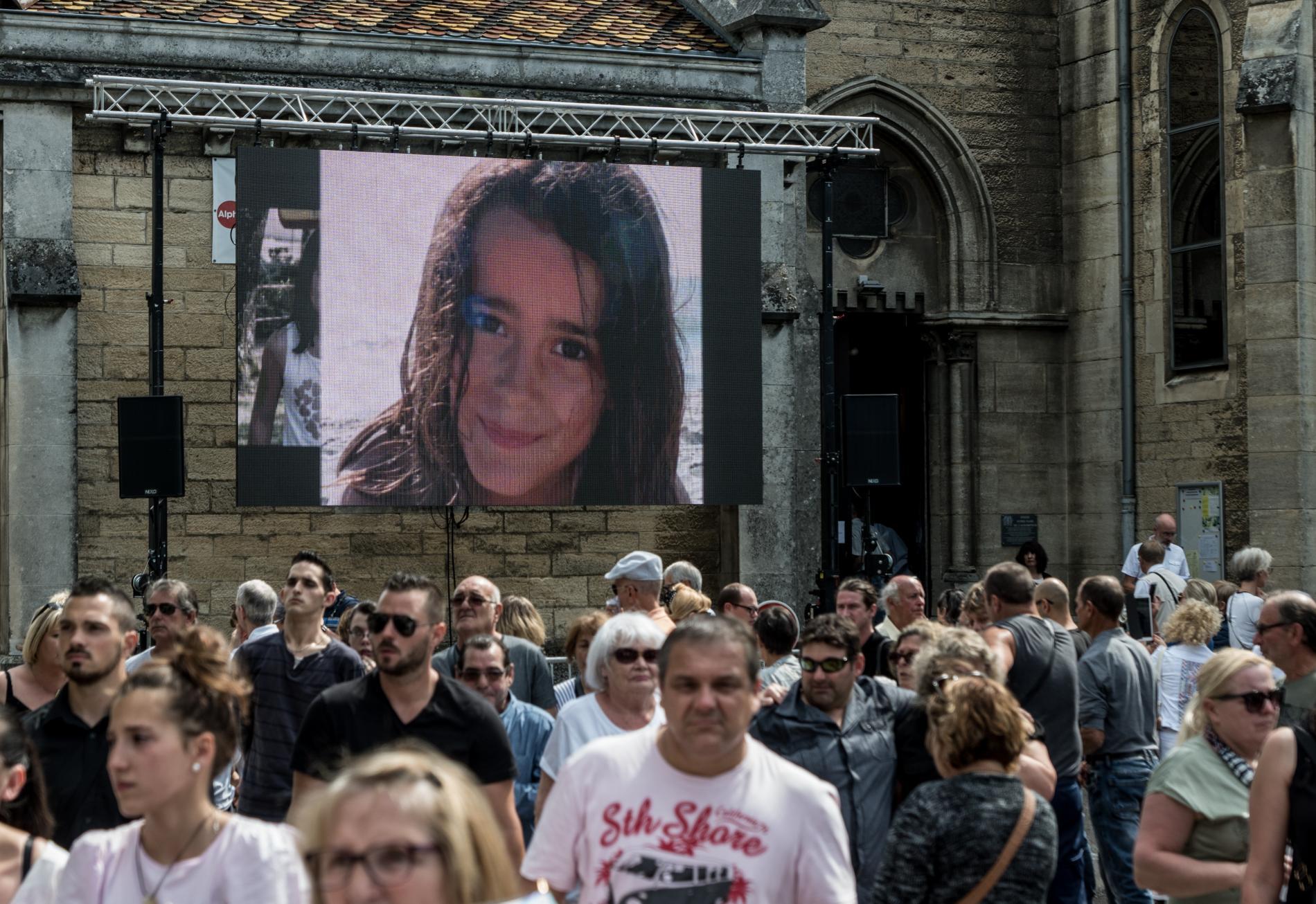 Les obsèques de Maëlys de Araujo le 2 juin 2018 à La Tour-du-Pin (Isère).