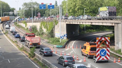 """""""Un risque d'effondrement"""" pour plus de 800 ponts en France : quatre questions sur ce chiffre inquiétant"""