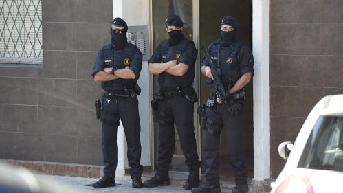 Espagne : un commissariat catalan attaqué