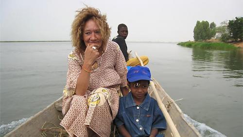 """""""On ne peut pas laisser mourir quelqu'un comme ça"""" : le neveu d'une otage française détenue au Mali interpelle l'Elysée"""
