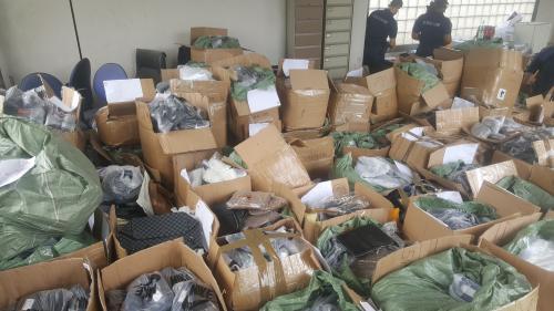 Hauts-de-Seine : plus de cinq tonnes d'articles de contrefaçon saisis au début de l'été