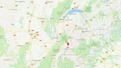 Savoie : un TGV Paris-Milan arrache une caténaire, 600 voyageurs bloqués en Maurienne avant d'être acheminés en car