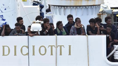 nouvel ordre mondial | Migrants interdits de débarquer en Sicile :