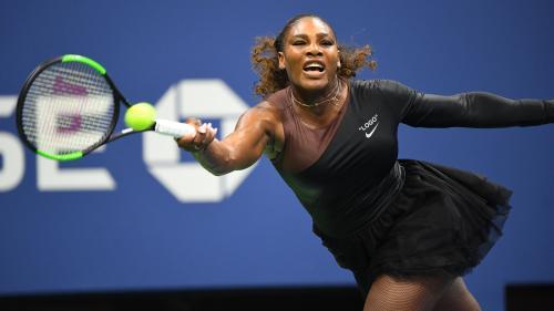 b895201641 Après la combinaison intégrale, Serena Williams joue son premier match de  ...
