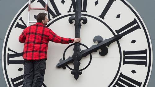Trois questions pas si bêtes sur la proposition d'en finir avec le changement d'heure