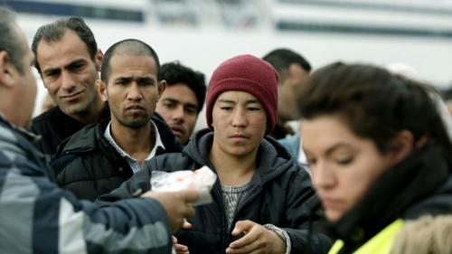 En Hongrie, le gouvernement crée une taxe contre les ONG qui s'occupent des migrants